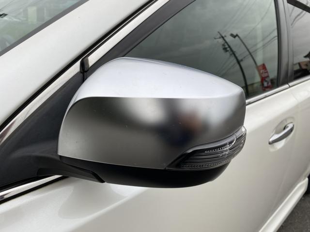 2.0GT DITアイサイト プレミアムレザーセレ AWD STiフロントリップ 純正HDDナビ 衝突軽減ブレーキ レーンキープ 革シート メモリー付パワーシート バックカメラ HIDヘッド ETC シートヒーター スマートキー Bluetooth(10枚目)