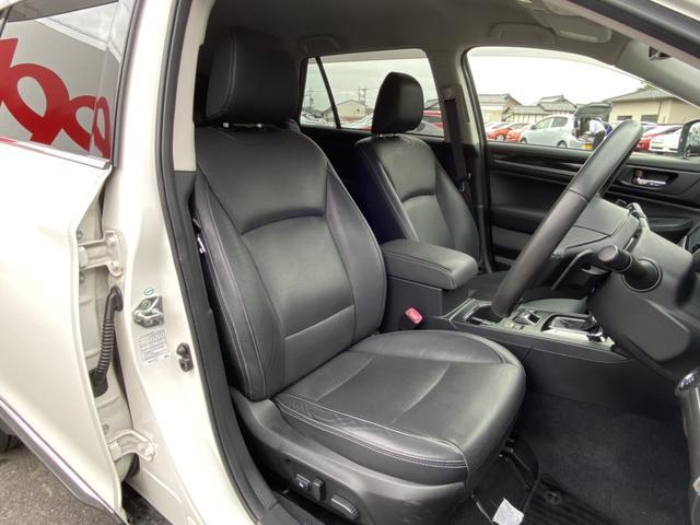 リミテッド ハーマンカードン 4WD アイサイト BSM 電動リアゲート ダウンヒルアシスト 革シート パワーシート シートヒーター 純正メモリーナビ Bカメラ フルセグ LEDヘッド フォグ パドルシフト(13枚目)