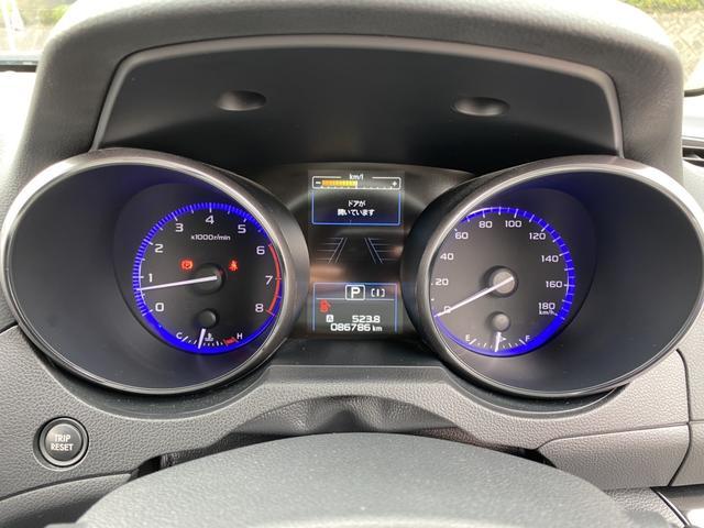 リミテッド ハーマンカードン 4WD アイサイト BSM 電動リアゲート ダウンヒルアシスト 革シート パワーシート シートヒーター 純正メモリーナビ Bカメラ フルセグ LEDヘッド フォグ パドルシフト(20枚目)