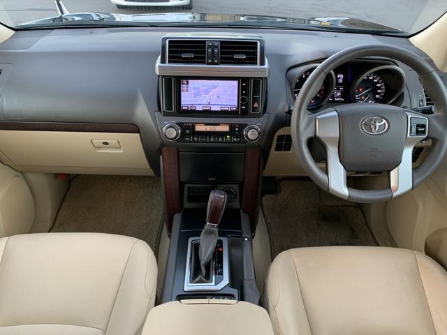 TX Lパッケージ 4WD 革シート 純正HDDナビ バックカメラ ETC クルーズコントロール シートヒーター パワーシート LEDヘッド フォグ フルセグ DVD再生 Bluetooth ヘッドライトウォッシャー(15枚目)