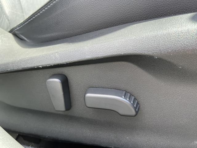 2.0i-Sアイサイト メーカーナビ フルセグ ブラックレザー ナノイー BSM LEDヘッド アイサイト アイドリングストップ Bカメラ ETC シートヒーター パワーシート パドルシフト DVD再生 Bluetooth(36枚目)