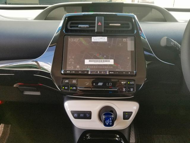 トヨタ プリウス Sセーフティプラス 新車WALDコンプリートBIGX基本装備