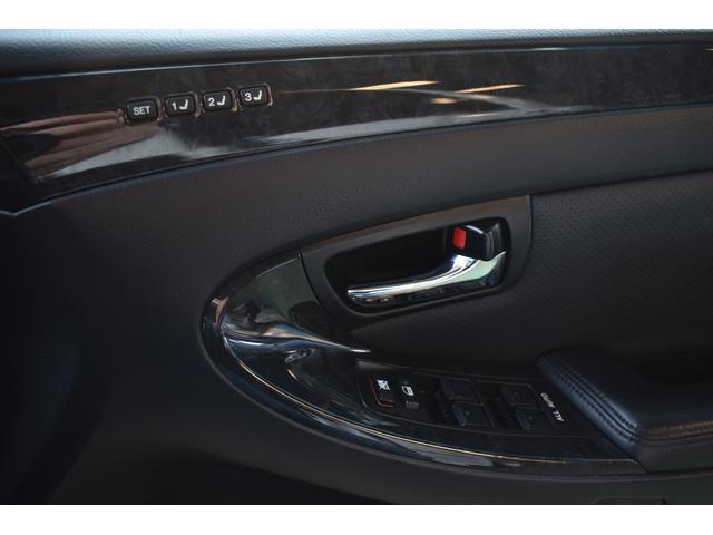アスリート 60thスペシャルエディション 後期型 黒革 サンルーフ 純正HDDナビ フルエアロ フルタップ式車高調 WORKランベック9インチ ゴールドエンブレム バックカメラ LEDフォグ コーナーセンサー ETC シートヒーター(42枚目)