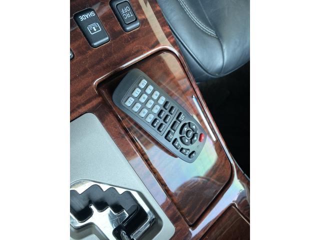 Cタイプ Fパッケージ 後期型 黒革 サンルーフ 純正HDDナビ フルエアロ エアサスコントローラー 新品シュタイナー20AW 新品タイヤ  ウィンカーミラー スモーク施工済み メッキピラー DVD再生 地デジ ロゴカーテシ(46枚目)