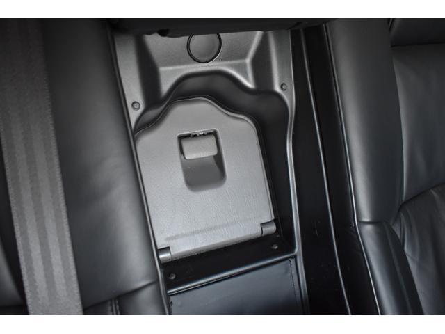 Cタイプ Fパッケージ 後期型 黒革 サンルーフ 純正HDDナビ フルエアロ エアサスコントローラー 新品シュタイナー20AW 新品タイヤ  ウィンカーミラー スモーク施工済み メッキピラー DVD再生 地デジ ロゴカーテシ(51枚目)