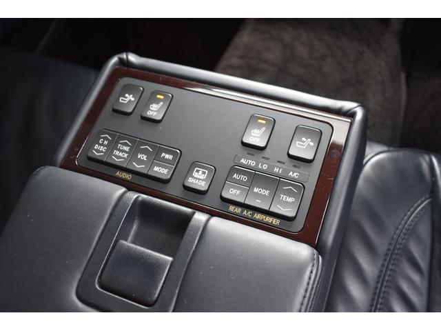 Cタイプ Fパッケージ 後期型 黒革シート サンルーフ HDDナビ DVD再生可能 フルエアロ エアサスコントローラー WORK20インチ カラーキャリパー LEDフォグ シートヒーター タイミングベルト交換済 ETC(46枚目)