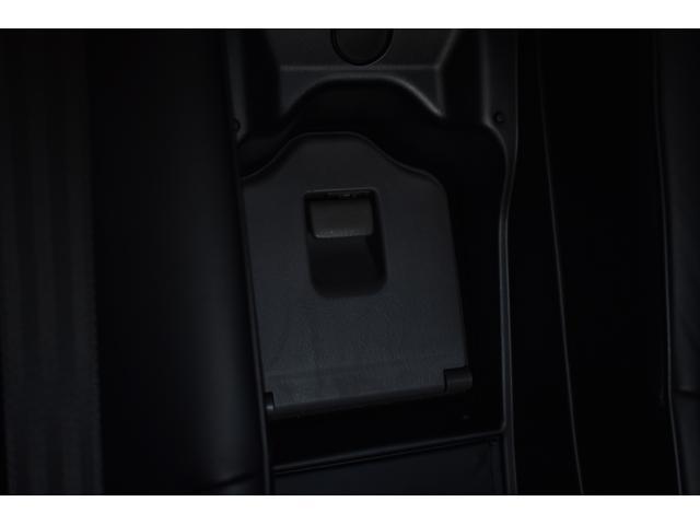Cタイプ Fパッケージ 後期 黒革 サンルーフ HDDナビ フルエアロ エアサスコントローラー AIMGAIN20インチ 2カラーLEDフォグ シャークアンテナ エンジンスターター 地デジ DVD再生 バックカメラ(49枚目)