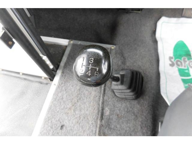 三菱 ミニカウォークスルーバン ベースグレード 4MT CD 禁煙車