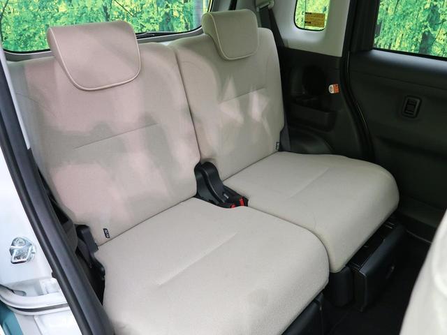 「リアシート」座席はスライドが可能ですので幅広い使い方ができます☆