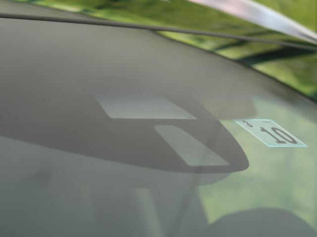 ハイブリッドZ 純正ナビ バックカメラ 衝突被害軽減 クルコン パドルシフト スマートキー ETC LEDヘッド オートエアコン ステアリングリモコン オートライト(5枚目)