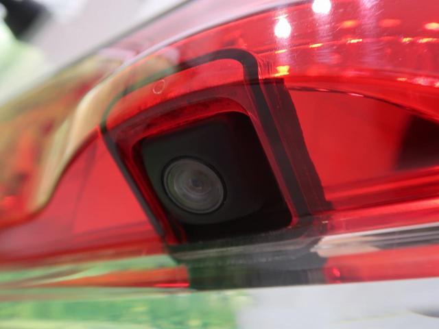 D パワーパッケージ 4WD 8人 SDナビ 両側パワスラ スマートキー HIDヘッド バックカメラ ETC シートヒーター クルコン ターボ車 ドアバイザー 禁煙車 オートライト 純正18AW オートエアコン(36枚目)