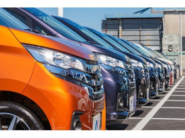 軽自動車もスライドドアタイプや人気のワゴンタイプまで幅広く展示!カラーも豊富にラインナップしております♪