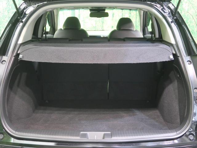 ラゲッジスペースもこれだけの広さがあります。大きな荷物も楽々積めます。ファミリーカーとしても十分便利にご利用頂けます。
