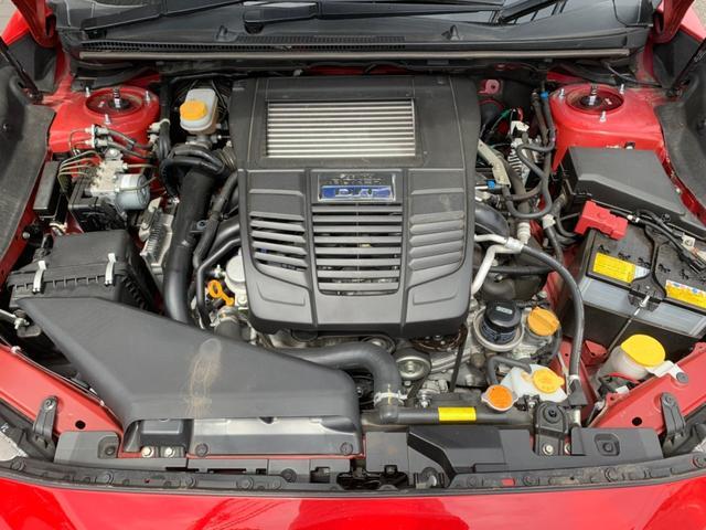 スバルのアイデンティティである水平対向4気筒エンジンです。使い勝手のいいワゴンタイプのお車です!!
