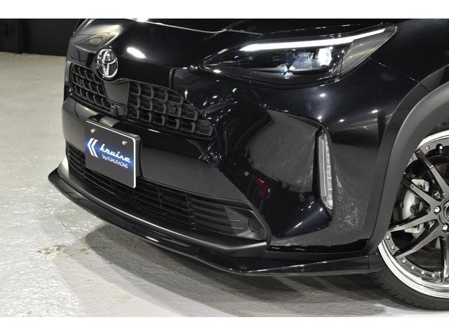 X KRUISE by KUHLRACINGコンプリートカー KRUISEフルエアロ BLITZ車高調整式サスペンション VERZ WHEELS 19インチアルミホイール オリジナルフロアマット(10枚目)