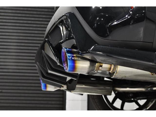 X KRUISE by KUHLRACINGコンプリートカー KRUISEフルエアロ BLITZ車高調整式サスペンション VERZ WHEELS 19インチアルミホイール オリジナルフロアマット(17枚目)