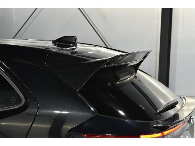 X KRUISE by KUHLRACINGコンプリートカー KRUISEフルエアロ BLITZ車高調整式サスペンション VERZ WHEELS 19インチアルミホイール オリジナルフロアマット(18枚目)