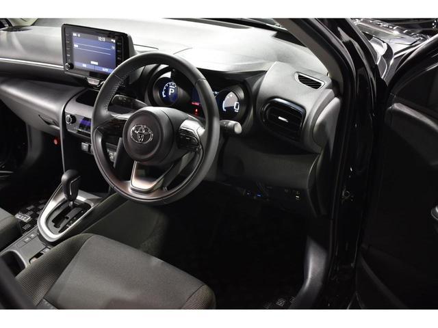 X KRUISE by KUHLRACINGコンプリートカー KRUISEフルエアロ BLITZ車高調整式サスペンション VERZ WHEELS 19インチアルミホイール オリジナルフロアマット(20枚目)