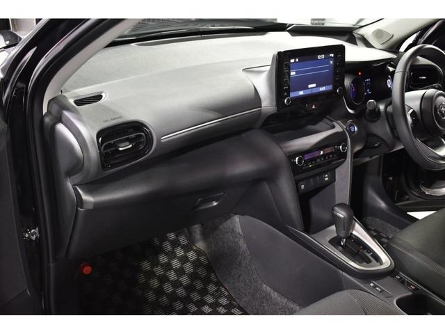 X KRUISE by KUHLRACINGコンプリートカー KRUISEフルエアロ BLITZ車高調整式サスペンション VERZ WHEELS 19インチアルミホイール オリジナルフロアマット(21枚目)