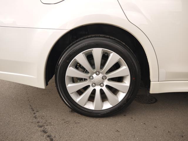 2.5i L Package  オートクルーズコントロール HIDヘッドライト フォグランプ パドルシフト 運転席パワーシート プッシュスタート CDオーディオ SIドライブ AWD キーレス イモビライザー(8枚目)