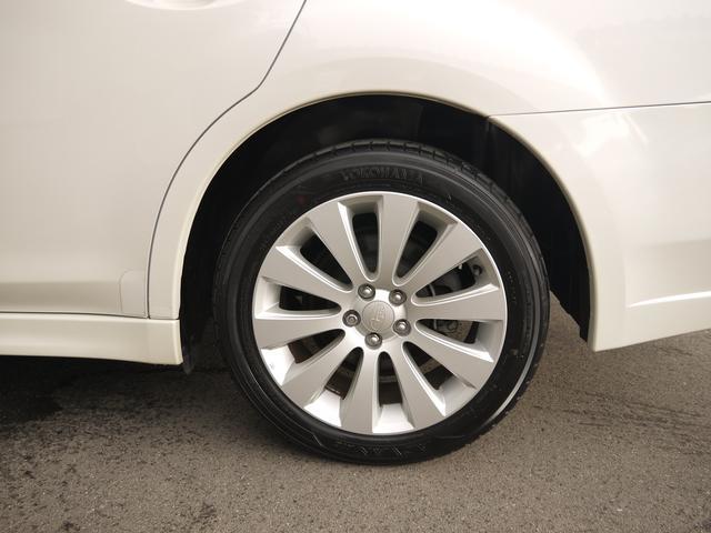 2.5i L Package  オートクルーズコントロール HIDヘッドライト フォグランプ パドルシフト 運転席パワーシート プッシュスタート CDオーディオ SIドライブ AWD キーレス イモビライザー(9枚目)