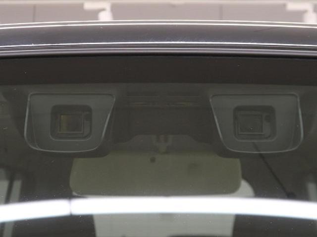 スズキの安全装備!【デュアルカメラブレーキサポート】人の目のように2つのカメラから対象の形や距離を捉え、歩行者やクルマを認識☆車線も認識し、さまざまな警報や衝突軽減ブレーキをそなえています!!