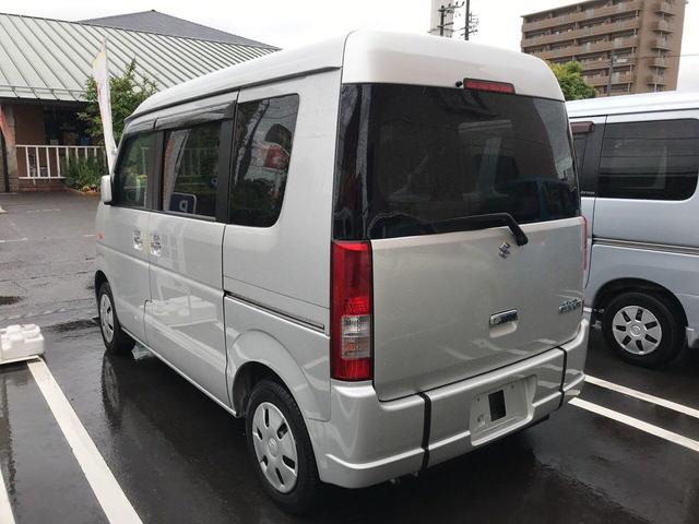 660スローパー 車イス移動車 後部座席付 福祉車両(8枚目)