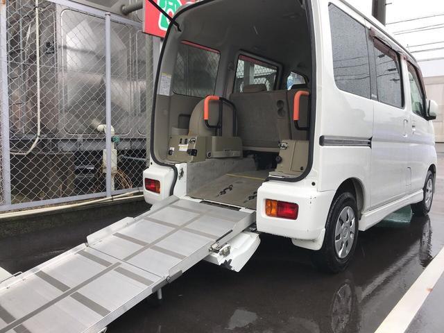 660 フレンドシップ スローパー リヤシート付 福祉車両(2枚目)