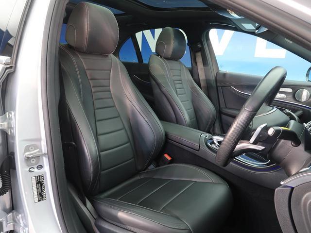 レザーエクスクルーシブパッケージにはナッパ革シートが装備されます。使用感が出やすい運転席ですが、綺麗な状態を保っております。席の状態は内装の状態を見る大きなポイントになると思います。