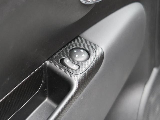コンペティツィオーネ 左ハンドル 5速MT スポーツモード 社外ナビ フルセグTV オートエアコン Bluetooth接続 純正17インチアルミホイール ETC車載器 レカロシート HIDヘッドライト 前後フォグ 禁煙車(37枚目)