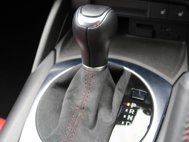 ●ステアリングスイッチ:ステアリングにオーディオのボリュームスイッチが付いておりますので、走行中もお手元で安全に操作が可能になります!