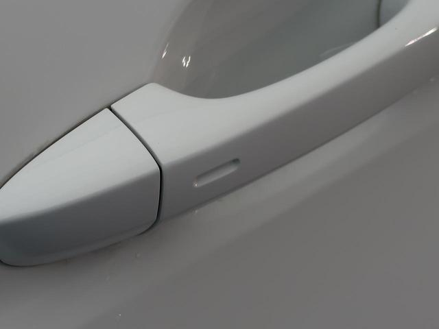 TSI ハイライン DiscoverProナビ 全周囲カメラ アルカンターラ/ファブリックコンビシート シートヒーター スマートキー LEDヘッド ACC 純正17インチAW ETC(8枚目)