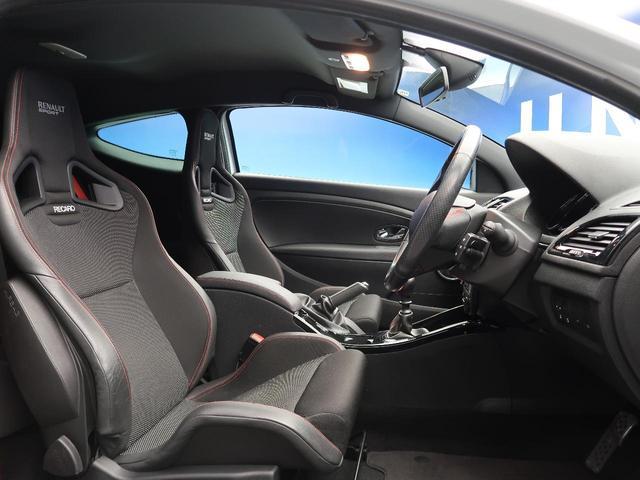 ルノー スポール 6速ミッション車 RECARO製シート 革巻きステアリング クルーズコントロール デュアルオートエアコン クリアランスソナー オートライト 純正18インチアルミ キーレス 禁煙車(8枚目)