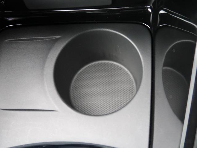 ルノー スポール 6速ミッション車 RECARO製シート 革巻きステアリング クルーズコントロール デュアルオートエアコン クリアランスソナー オートライト 純正18インチアルミ キーレス 禁煙車(39枚目)