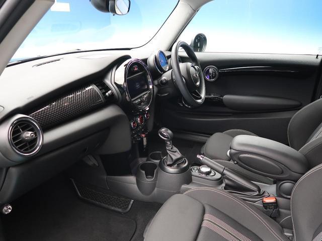 クーパーS 純正ナビゲーション シートヒーター コーナーセンサー レインセンサー オートライト ETC LEDヘッドライト デュアルオートエアコン Bluetooth接続 禁煙車(12枚目)