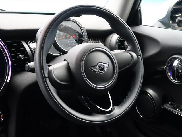 クーパーS 純正ナビゲーション シートヒーター コーナーセンサー レインセンサー オートライト ETC LEDヘッドライト デュアルオートエアコン Bluetooth接続 禁煙車(16枚目)