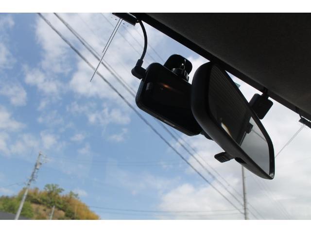 プラスハナ Cパッケージ HDDナビ フルセグTV キーレスキー ドライブレコーダーDVD CDプレイヤー  ETC 禁煙車 検3年9月 ABS(18枚目)