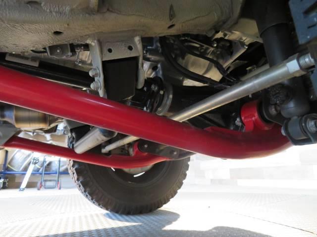 XC リフトアップ クリムゾン16inホイール オールテレンホワイトレター 8型SDナビ地デジ 5速マニュアル ヒッチメンバー エアクリーナー レーンキープ 衝突軽減(9枚目)