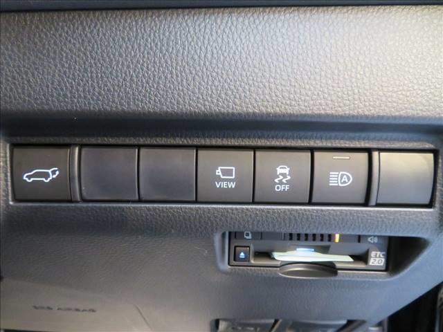 Z 新車未登録 メーカーマルチナビ サンルーフ レーダークルコン パノラミックビューモニター JBLサウンド 電動リヤゲート ハーフレザー 純正2.0ETC スマートキー(6枚目)