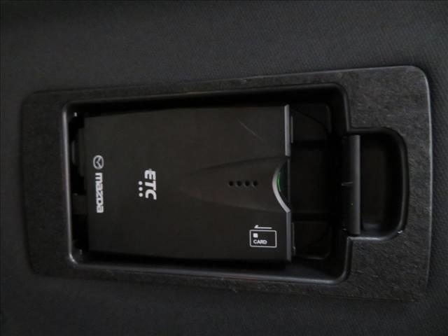 XD Lパッケージ コネクトナビ フルセグTV バックカメラ 衝突軽減ブレーキ レーダークルコン 茶革 シートヒーター シートセットメモリー パワーバックドア LEDヘッドライト スマートキー 電子サイドブレーキ(4枚目)