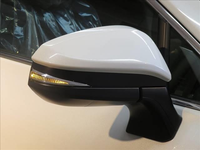 S 新車未登録 ディスプレイオーディオ バックカメラ セーフティセンス レーダークルコン LEDヘッドライト スマートキー 純正AW 電子サイドブレーキ ブレーキホールド(9枚目)
