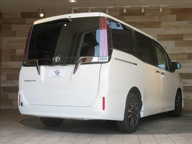 Gi プレミアムパッケージ ブラックテーラード 新車未登録 両側電動ドア セーフティセンス レーダークルコン クリアランスソナー ハーフレザーシート スマートキー LEDヘッドライト シートヒーター キャプテンシート 7人(11枚目)