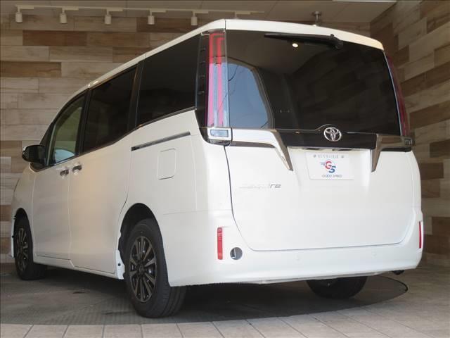 Gi プレミアムパッケージ ブラックテーラード 新車未登録 両側電動ドア セーフティセンス レーダークルコン クリアランスソナー ハーフレザーシート スマートキー LEDヘッドライト シートヒーター キャプテンシート 7人(12枚目)