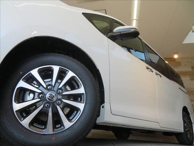 Gi プレミアムパッケージ ブラックテーラード 新車未登録 両側電動ドア セーフティセンス レーダークルコン クリアランスソナー ハーフレザーシート スマートキー LEDヘッドライト シートヒーター キャプテンシート 7人(15枚目)