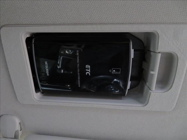 XD プロアクティブ コネクトナビTV バックカメラ ETC スマートキー 衝突軽減 クルコン ブラインドスポットモニター アイドリングストップ コーナーセンサー 純正アルミ LEDヘッド(6枚目)