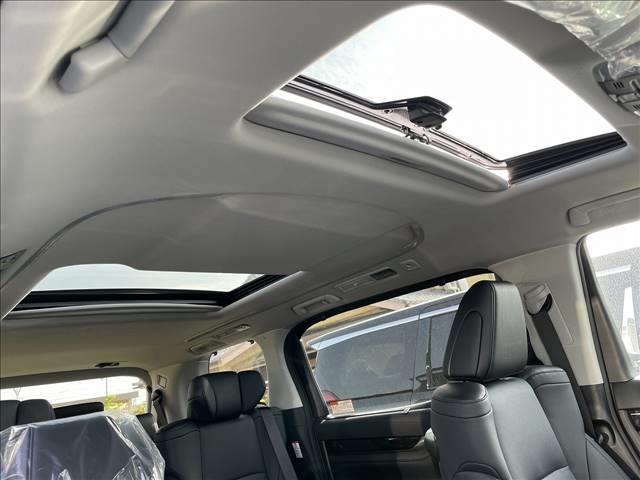 2.5S Cパッケージ 新車 サンルーフ デジタルインナーミラー ディスプレイオーディオ バックカメラ シートヒーター&エアコン パワーバックドア レーダークルーズ クリアランスソナー シートメモリー 7人 三眼LED(3枚目)