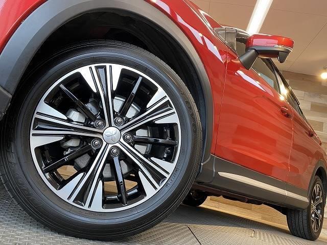 G ワンオーナー SDナビTV レーダークルーズ コーナーセンサー レーンキープ ヘッドアップディスプレイ ETC スマートキー 衝突軽減 LEDヘッド 4WD(18枚目)