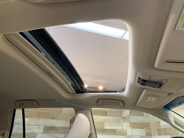 TX 新車未登録 サンルーフ クリアランスソナー レーダークルーズ ルーフレール スマートキー LEDヘッド セーフティセンス 7人 4WD(3枚目)