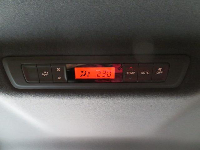 ハイブリッドV 11型ナビ 12.8天井モニタ 両側電動(8枚目)