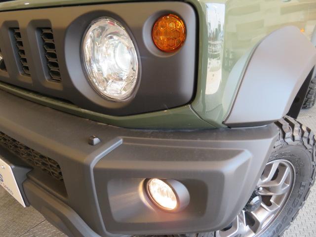 LEDヘッドライトで明るいので視認性がよくまた見た目のカッコよさもあります。